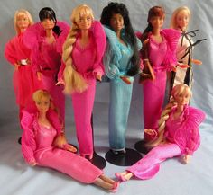 Mis queridisimas Beauty secrets Barbie, una de las Barbies que mas me gustan, me parecen preciosas.  Solo una le he conseguido en caja, aunque muy mala (la Beauty reflections), de resto he sido afortunado de encontrarlas de segunda en excelente estado Amazon has some great best-selling beauty products. Visit: http://amazonamazingblog.wordpress.com/2012/06/20/amazing-amazon-beauty-products-must-buy-2/