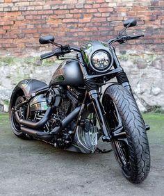 Motorcycle Hand Grips 1 25mm For Harley Davidson Road King Custom Classic// Harley Davidson FXDB Street Bob HTT