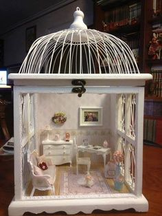 What a cute idea! Make a little room scene in a... - Magical Home Inspirations