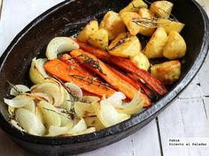 Cómo preparar unas verduras deliciosas. Consejos y trucos para asar las verduras correctamente. Cómo asar las verduras y hortalizas en el horno.... Veggie Recipes, Diet Recipes, Healthy Recipes, Grilled Vegetables, Veggies, Clean Eating, Healthy Eating, Recipe Collection, Pot Roast