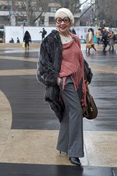 "Effortless style at any age. From the blog ""Advanced Style.""  Gorgeous!"