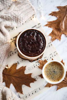 murzynek przepis Chocolate Fondue, Desserts, Fitness, Recipes, Food, Beautiful, Tailgate Desserts, Deserts, Essen