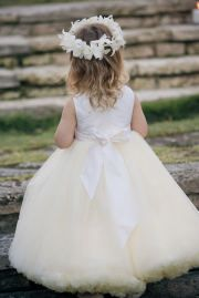 cute poofy flower girl dress.