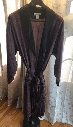affa190ef4 Rare Vintage Authentic 100% Silk Perry Ellis Men Dressing Gown  Robe Size L