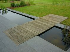 Back Garden Design, Pond Design, Modern Landscape Design, Landscape Plans, Modern Pond, Lawn And Garden, Water Garden, Water Features In The Garden, Contemporary Garden