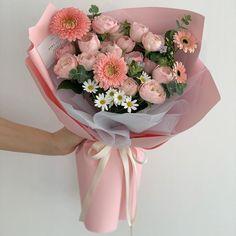 Boquette Flowers, Beautiful Bouquet Of Flowers, Luxury Flowers, Beautiful Flower Arrangements, My Flower, Flower Power, Floral Arrangements, Beautiful Flowers, Fresh Flowers