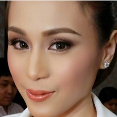 I want my make up like this! Make up by Albert Kurniawan. Pictured is Toni Gonzaga