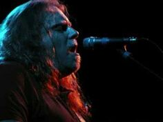 Aesome! Nothing Else Matters - Warren Haynes and the Dead.  Nobody covers like Mr. Haynes does!