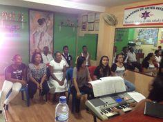 En Quibdó comienza el segundo modulo del diplomado de iniciación musical con la maestra Nelly Caizamo, fomentado por el Plan Nacional de Música para la Convivencia del Ministerio de Cultura y la Fundación Música en los Templos.  http://www.mincultura.gov.co/areas/artes/musica/Paginas/default.aspx