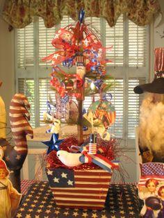 "Patriotic and prim feather tree. 18 1/2""   (I love primitive Americana decor!!)"