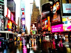 Time Square New York - Travel Habit