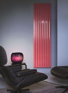 SOHO Vertikaler Heizkörper by Tubes Radiatori Design Ludovica Roberto Palomba