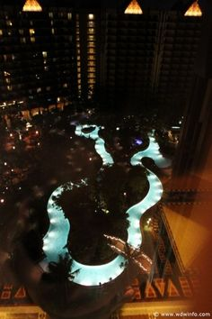 If I ever buy a house......this is SO going in my backyard!!! I love lazy rivers!!!!
