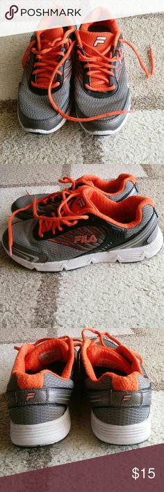 Fila Men's CoolMax Shoes Orange & Grey running sneakers. Good condition. Size 8 Fila Shoes Sneakers