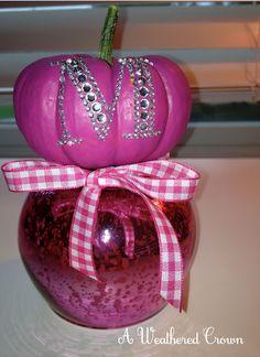 http://weatheredcrown.blogspot.com/2012/09/a-thankful-pumpkin.html  <3 PINK pumpkins