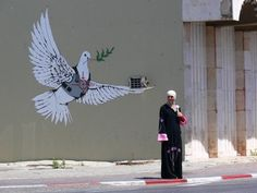 graffiti_banksy_peacedove