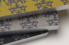Schreibbuch mit Kunstdruck-Umschlag. Lässt sich flach auflegen für optimale Schreibqualität.