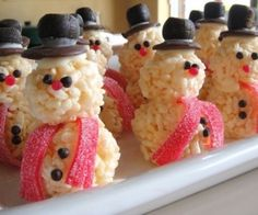 Rice Krispie Snowmen! So freaking adorable