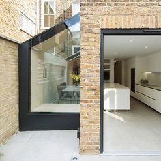 One key way to make sympathetic use of small spaces when you extend your home is to layer the exteriors – this example by @yardarchitects has made the Don't Move, Improve! 2017 Shortlist #DMI2017 #homeextension #glass #refurbishment #londonarchitecture #londonhomes #dontmoveimprove #NLAlondon #architecture #home #DIY #light #naturallight #wormwoodscrubs #locallondon @clippingsdesign @dezeen @dezeenjobs @clippings