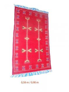 vintage tapis kilim tunisien en laine kilim berb re vintage kilim berb re tapis oriental. Black Bedroom Furniture Sets. Home Design Ideas