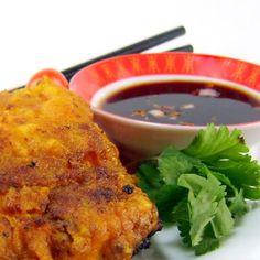 One Perfect Bite: Thai-Style Catfish - Plah Toht Kamin: this sounds amazing. Thai Dishes, Fish Dishes, Seafood Dishes, Fish And Seafood, Seafood Recipes, Cooking Recipes, Catfish Recipes, Thai Style, Thailand