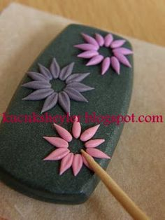 ♥ polymer clay / fimo, resin and card making activities ♥: stony, floral necklace