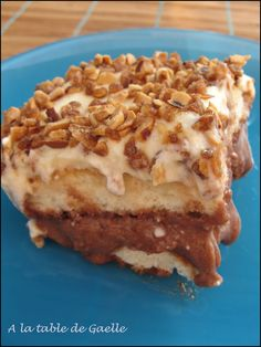 Tiramisu croustifondant au nutella et au pralin Nutella Mousse, Mousse Mascarpone, Cake Recipes, Dessert Recipes, Sweet Cakes, Delicious Desserts, Sweet Tooth, Food Porn, Tasty