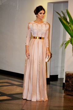 Patricia Bonaldi pastel gown with golden belt Abaya Designs, Modest Fashion, Hijab Fashion, Style Caftan, Hijab Mode, Evening Dresses, Prom Dresses, Long Dresses, Moroccan Dress