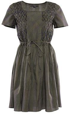 Gudrun Sjödéns Herbstkollektion 2014 - Kariertes Kleid aus Öko-Baumwolle in aschgrau. Mehr unter: http://www.gudrunsjoeden.de/Kleider--40057d.html