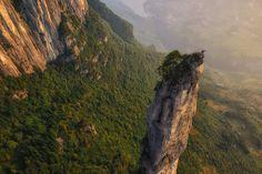 360° View in China's Enshi Grand Canyon