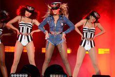 "SimplyQ: Beyoncé and Jay Z Kick off ""On The Run"" Tour in Miami"