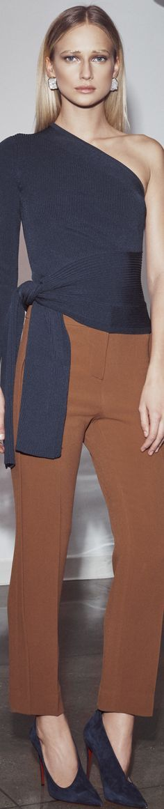 @roressclothes clothing ideas #women fashion brown pants Cushnie et Ochs Pre-Fall 2016