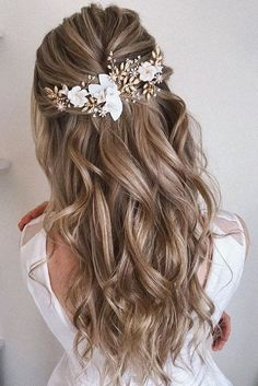 Half Up Half Down Long Wedding Hairstyles half up half down hairstyles partial updo hairstyle braid half up half down hairstyles bridal hair boho hairstyle braid half up hairstyle Braid Half Up Half Down, Wedding Hairstyles Half Up Half Down, Braided Half Up, Wedding Hairstyles For Long Hair, Loose Hairstyles, Simple Bride Hairstyles, Bridal Hair Half Up, Hairdo Half Up, Hairstyles For Weddings Bridesmaid