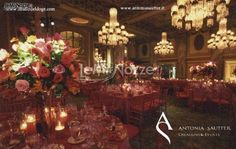 http://www.lemienozze.it/gallerie/foto-fiori-e-allestimenti-matrimonio/img24713.html  Allestimento della location di nozze con candele e fiori