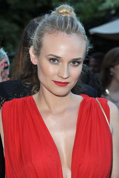 Diane Kruger Red lips & top-knot bun
