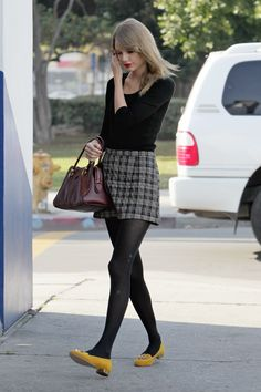 Taylor Swift, classic preppy style