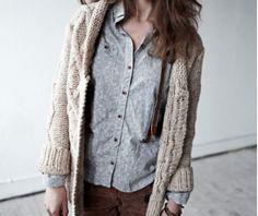 knitted beige cardigan | light blue shirt