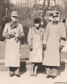 Ernst Heinz Pickhardt und Annemarie Jodl mit ihrem Vater Ferdinand Jodl, Verlobung 1943