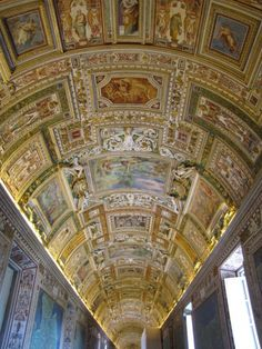 Top 10 Things to do in Vatican City