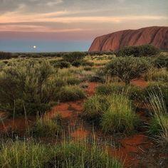 Uluru Sunrise Viewpoint in Yulara, NT