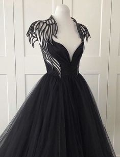 Ball Dresses, Ball Gowns, Women's Fashion Dresses, Dress Outfits, Pretty Dresses, Beautiful Dresses, Angel Dress, Fantasy Gowns, Fairytale Dress