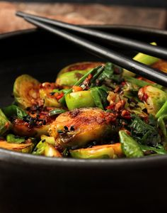 Thai Recipes, Kung Pao Chicken, Food Photo, Sprouts, Food And Drink, Vegetables, Fit, Shape, Thai Food Recipes