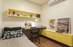 Apartamento .RF: Escritórios Moderno por Amis Arquitetura & Design