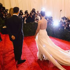 The Cut Is Live-Blogging the Met Gala Red Carpet