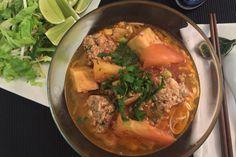Bún Riêu / Crab Vermicelli Soup