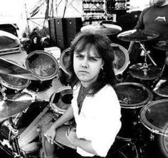 ~LARS ULRICH~ This thing...Lars...I think I'm slightly in love. He's so cute I'm gonna die!!!!!!!