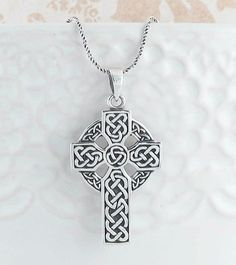 Sterling Silver Womens 1mm Circle Lined Unending Celtic Knot With Center Triquetra Knot Pendant Necklace