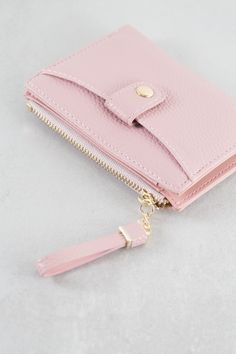 Wallets For Girls, Cute Wallets, Leather Texture, Black Faux Leather, Wristlet Wallet, Wallet Keychain, Slim Wallet, Small Wallet, Credit Card Wallet