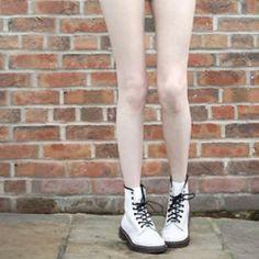 pale legs