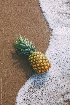 Pineapple on the beach. by BONNINSTUDIO - Stocksy United Pineapple on the beach. Ocean Wallpaper, Iphone Background Wallpaper, Trendy Wallpaper, Aesthetic Iphone Wallpaper, Nature Wallpaper, Aesthetic Wallpapers, Dark Wallpaper, Summer Backgrounds, Cute Wallpaper Backgrounds